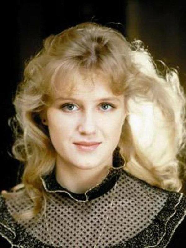 это разновидность фото ирина розанова в молодости певица