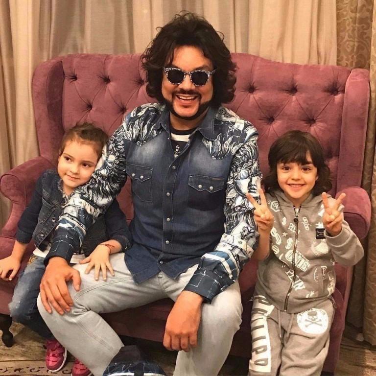 Филипп Киркоров с детьми 2