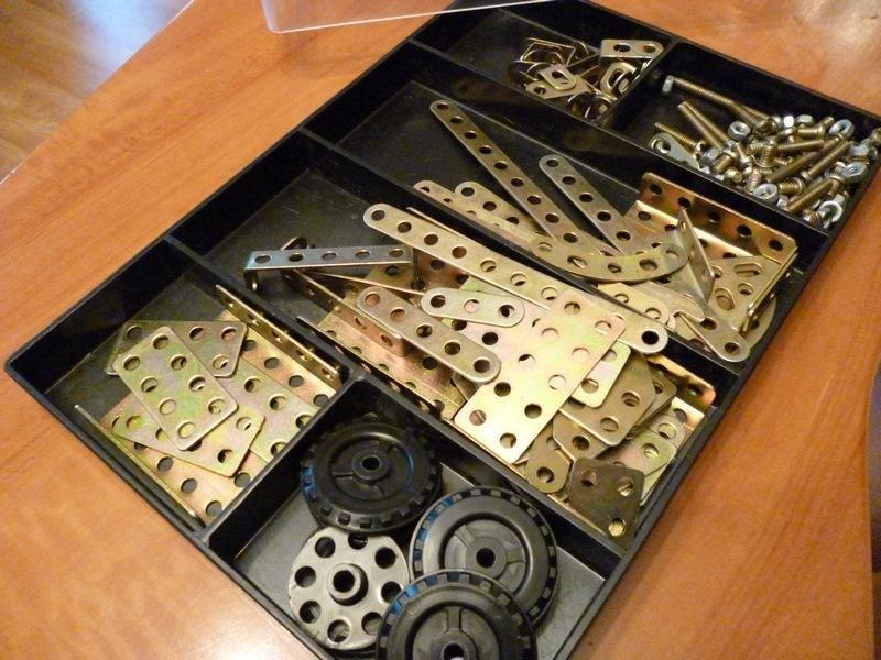 игрушки ссср - железный конструктор